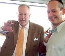 Jonathan Warren with Las Vegas Mayor Oscar Goodman